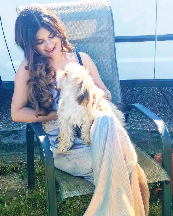 Kaur B loves dogs