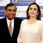 Mukesh Ambani with his wife Nita Ambani