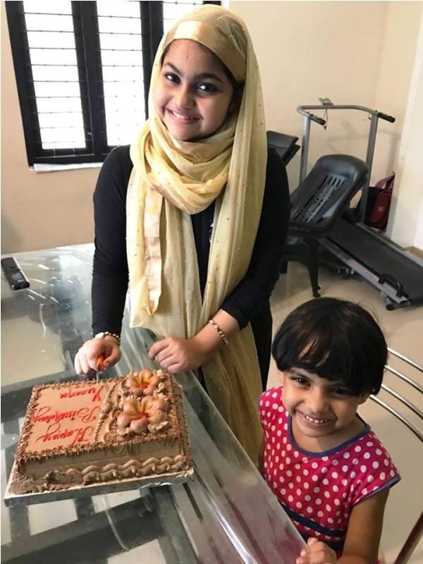 Yumna with Her Sister Mehak Fella