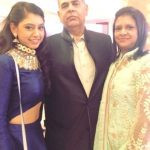 Niti Taylor With Her Parents