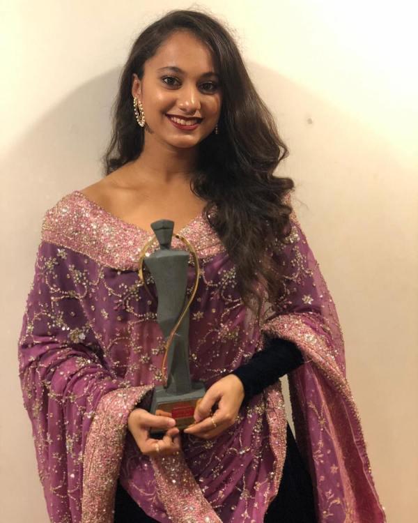 Gauri Ingawale with the Lokmat Maharashtrian of the Year Award