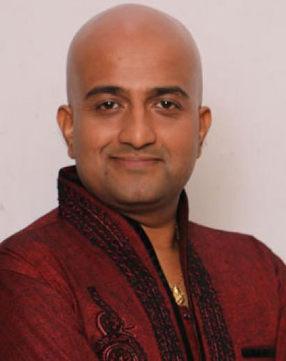 Vaibhav Mangle