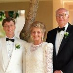 Bill Gates with his Parents