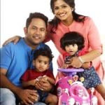 aju-varghese-with-his-wife-augustina-daughter-juana-and-son-evan