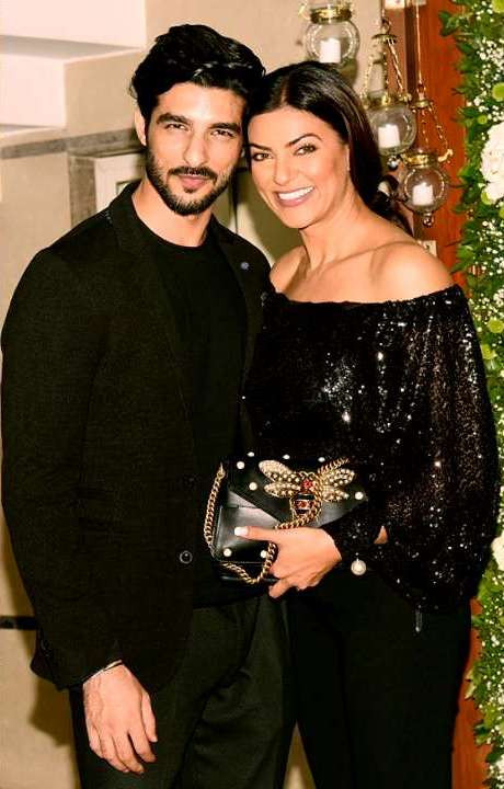 Rohman Shawl With Sushmita Sen