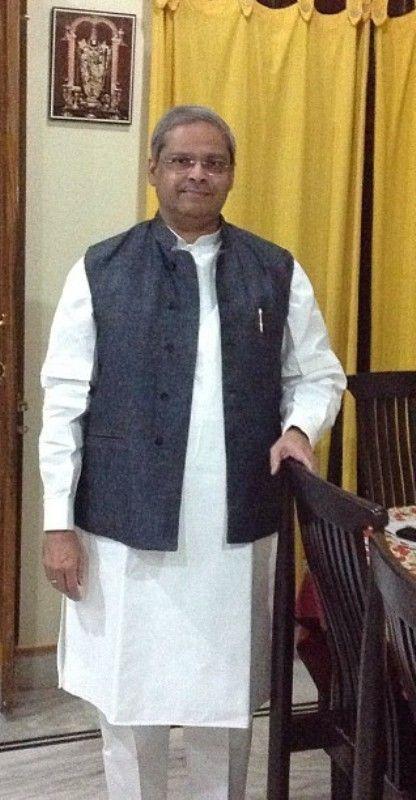Parakala Prabhakar picture