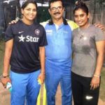 Veda Krishnamurthy standing with Irfan Sait and Mithali Raj