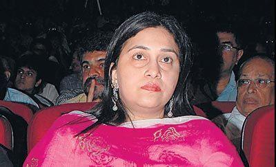 Himesh Reshammiya wife