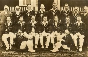 Bradman (second from the right, middle row) with the 1930 team