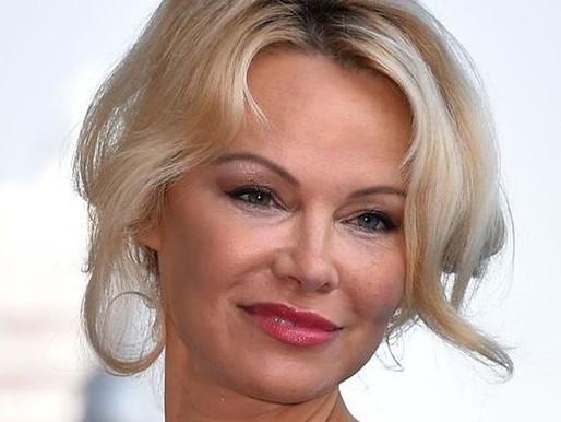 Pamela Anderson Age, Boyfriend, Husband, Family, Biography & More
