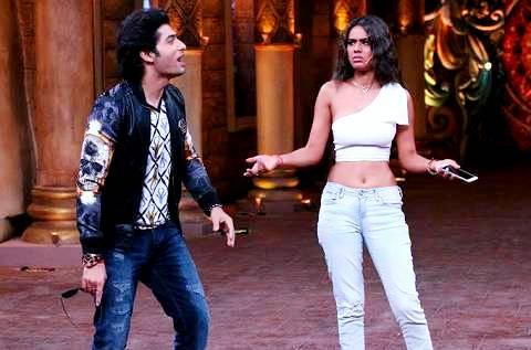 Nia Sharma in 'Comedy Nights Bachao Season 2' (2016)