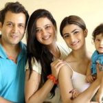 Abhinav Kohli with his wife Shweta Tiwari and children