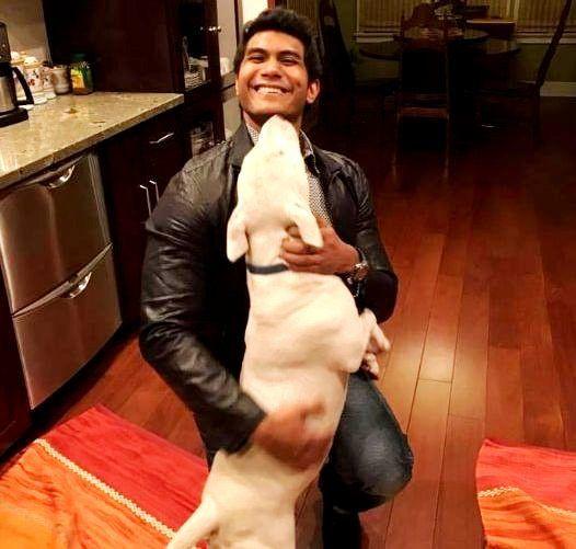 Vishagan Vanangamudi loves dogs