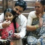 Sushant Shelar With His Mother And Daughter