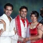 Saurabh Pandey with parents, brother & sister