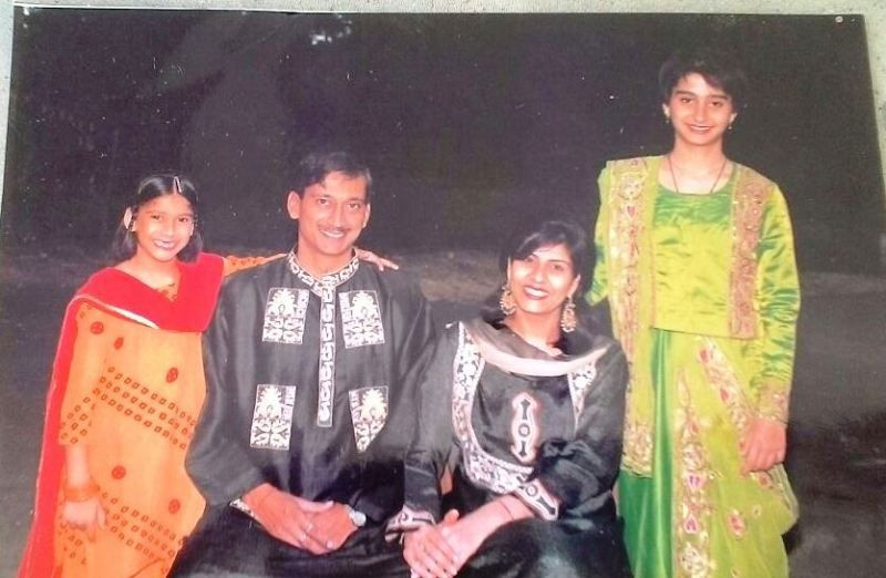 Deepa Malik with Her Husband and Daughters