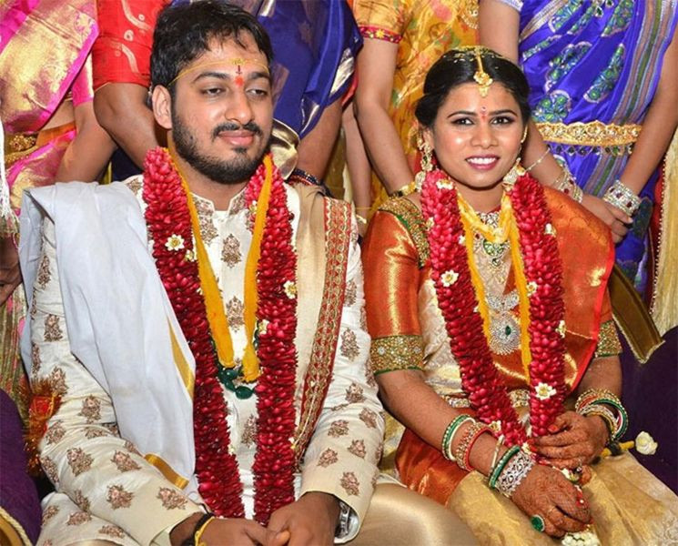 Marriage Photo of Madhoor Bhargav Ram Naidu and Bhuma Akhila Priya
