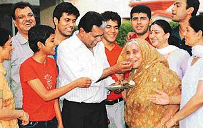 Kapil Dev's Family Celebrating After He Was Awarded Indian Cricketer Of The Century