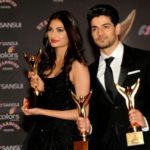 Athiya Shetty with award