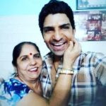 Jatin Sarna With His Mother