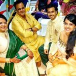 Neil Bhatt with his parents and sister Shikha Bhatt
