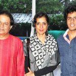 Anup Jalota with his wife Medha Gujral Jalota and son Aryaman Jalota
