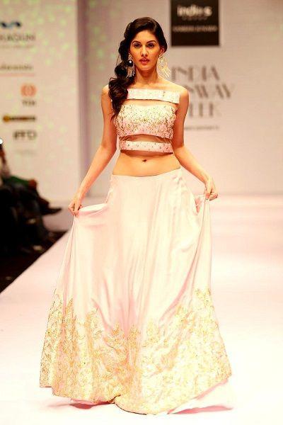 Amyra Dastur walks the ramp at the India Runway Week show in New Delhi