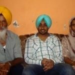 Satinder Sartaaj with parents