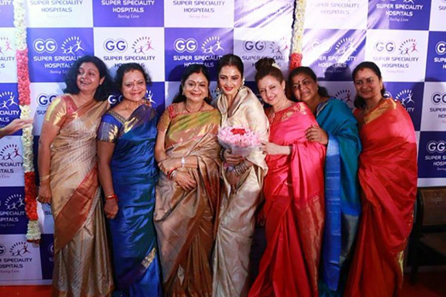 Vijaya Chamundeswari with her sisters