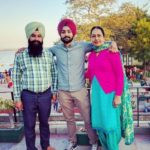 Mehakdeep Singh with his parents