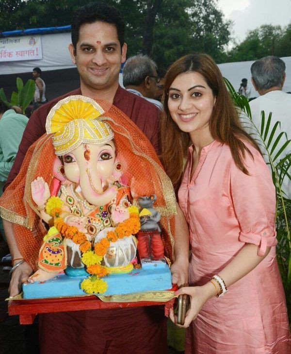 Priyanka Chibber with the idol of Lord Ganesha
