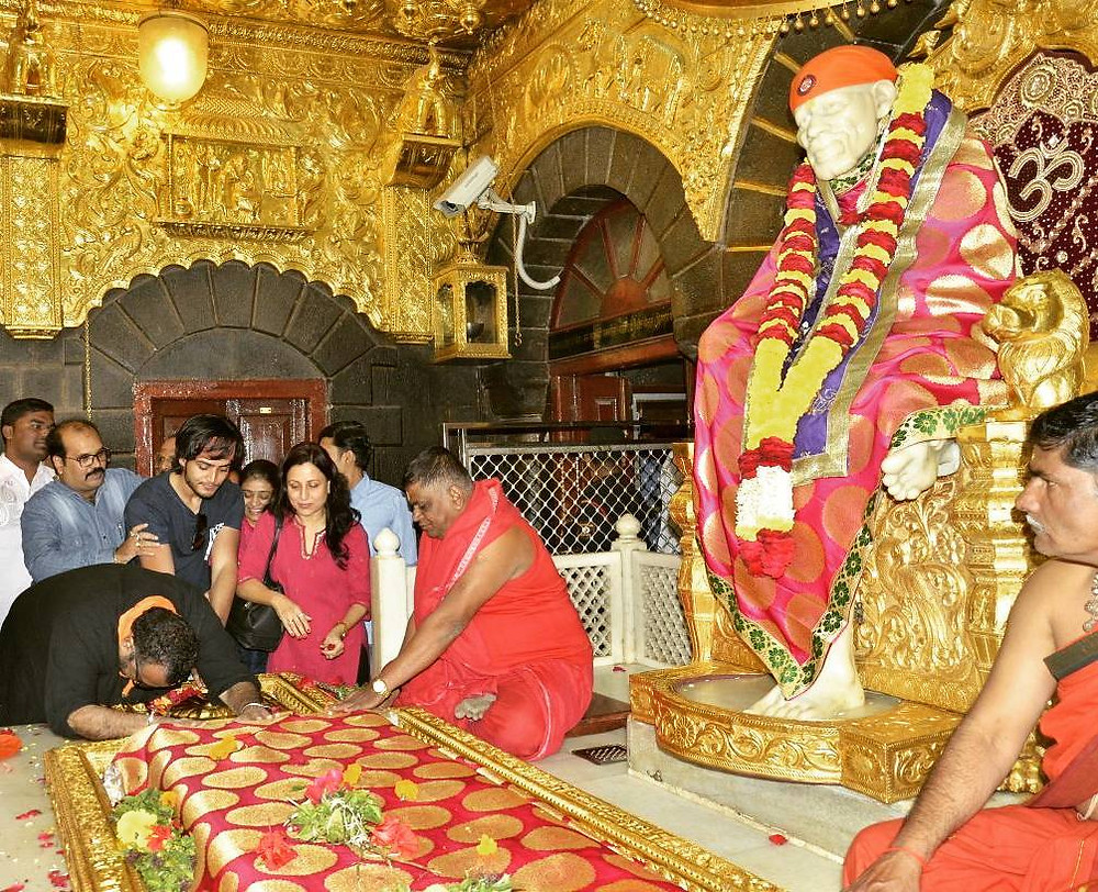 Kishori Shahane Vij at Sai Baba Mandir
