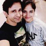 Nivaan Sen with his wife Neelu Mahadur