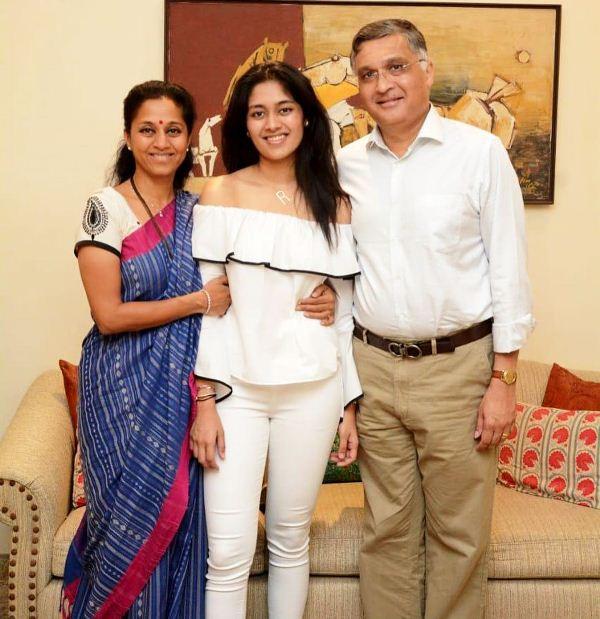 Supriya Sule with her daughter Revati Sule (centre)