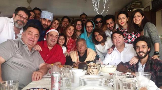 Shashi Kapoor With Family