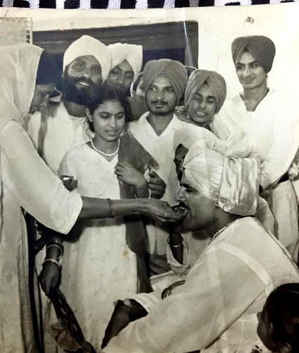 Dara Singh engagement picture with 'Surjit Kaur Aulakh'