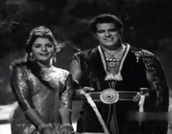 Dara Singh and Mumtaz in 'Faulad' (1963)