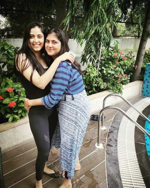 Monika Bhadoriya with her sister