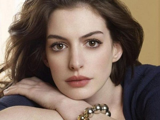Anne Hathaway Height, Weight, Age, Boyfriends, Family, Biography, Facts & More