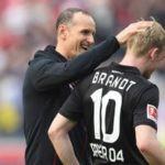 Julian Brandt with his coach Heiko Herrlich