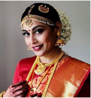Snigdha Akolkar in her wedding attire