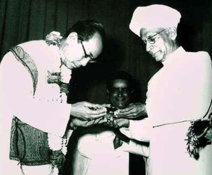 S. D. Burman Receiving Award