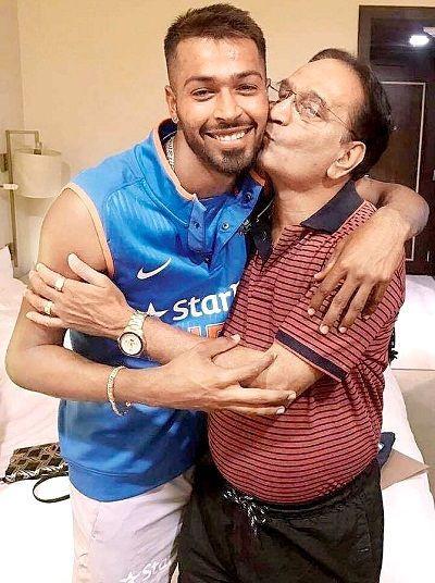 Hardik Pandya with his father Himanshu Pandya