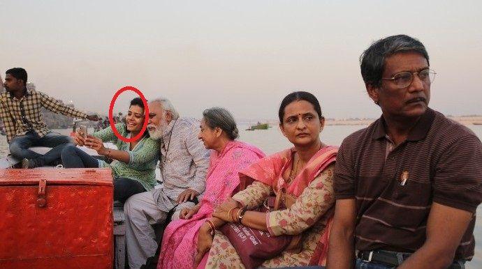 """Palomi Ghosh in """"Mukti Bhawan"""" (""""Hotel Salvation"""")"""