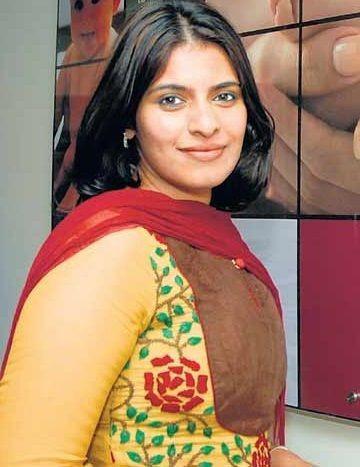 Dulquer Salmaan's sister