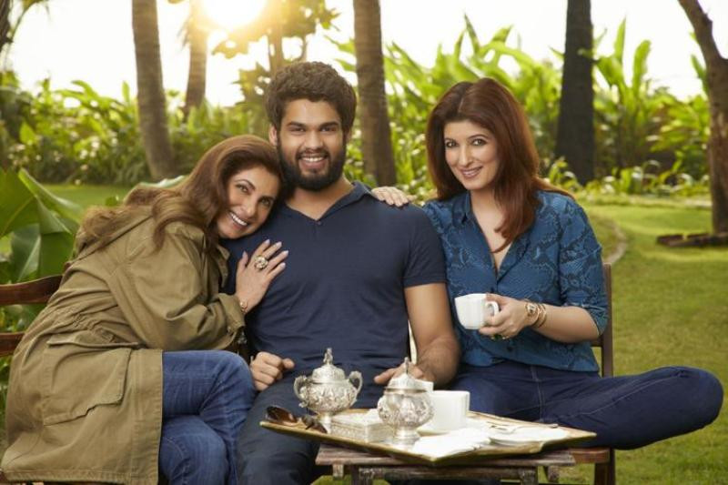 Karan Kapadia With Dimple Kapadia and Sister Twinkle Khanna