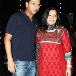 Yuvraj Singh with his mother