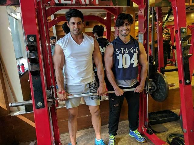 Siddharth Shukla in gym
