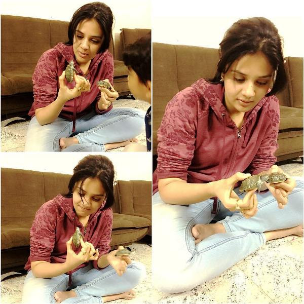 Sreemukhi Playing With Turtles