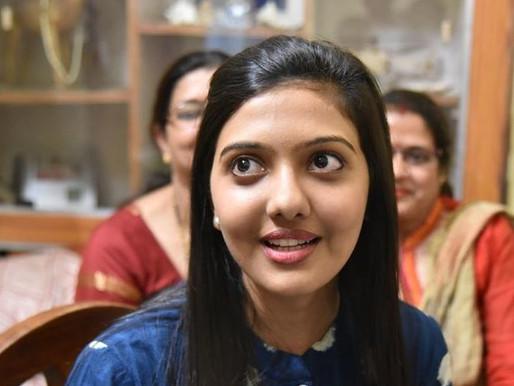 Srushti Deshmukh (UPSC 2018 5th Topper) Age, Family, Caste, Biography & More